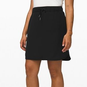 NWT Lululemon On The Fly Skirt Black Size 10